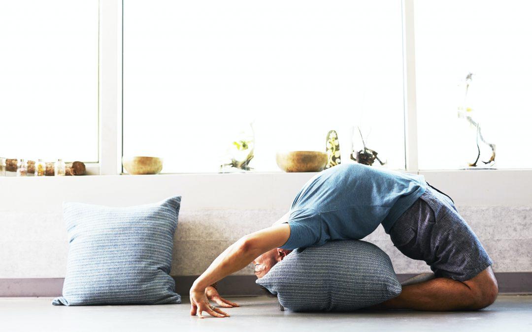how to practice yoga at home rachel drummond